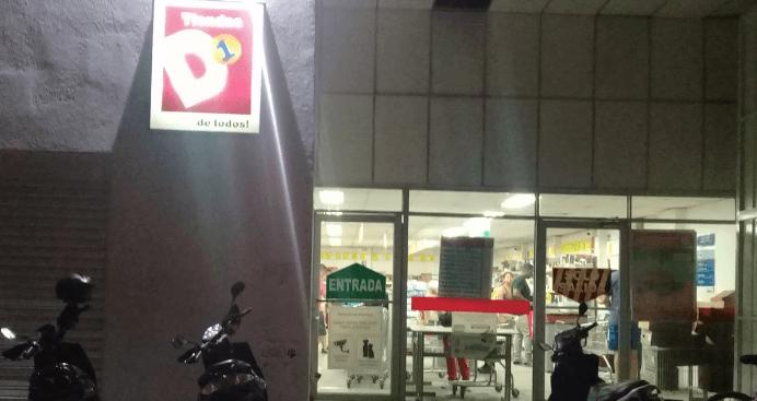 empleos-en-tienda-d1-cartago
